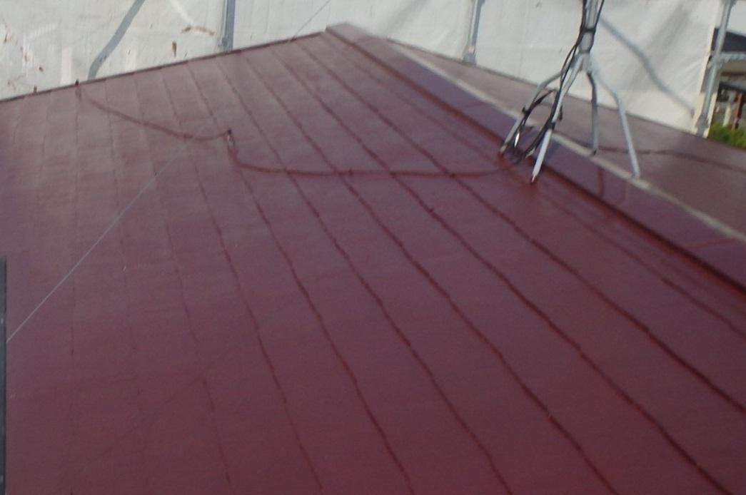 遮熱性能が高く、また、耐久年数の高いシリコン塗料です。